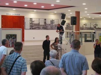 Sa izložbe ''3. Zagrebački ljetni likovni salon - priče, bajke i basne'', Galerija Kontrast - Kulturni centar Dubrava, 2019.
